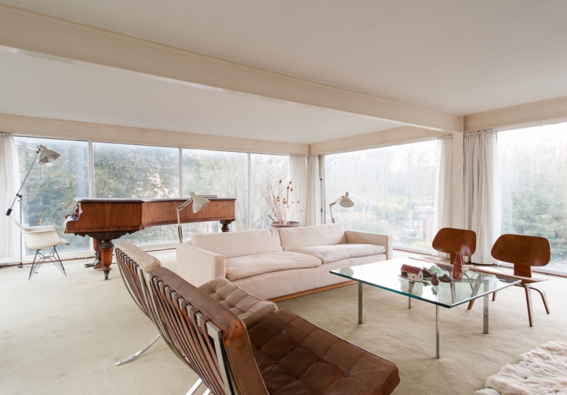 WHAT WERE READING An Iron Clad Classic The Rusty Walls Of This Modernist Highgate House Hide A 1960s Time Capsule By Hugh Pearman