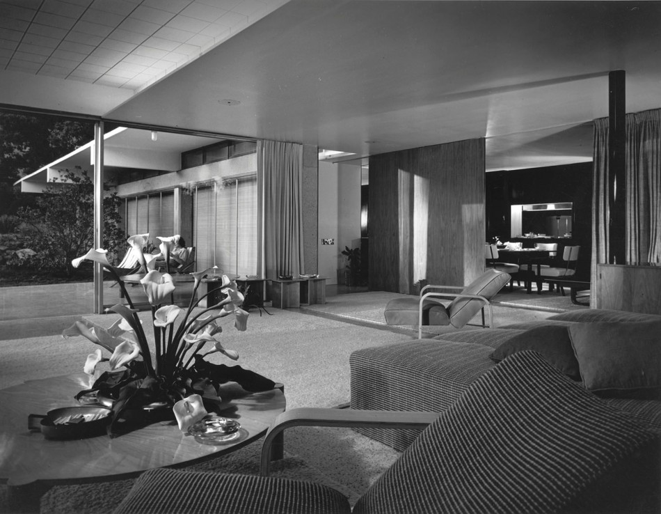 House of the day the tremaine house by richard neutra for Modern house journal