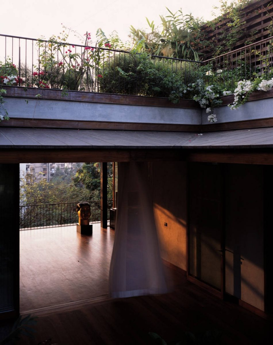 House of the Day: House on Pali Hill by Studio Mumbai ...