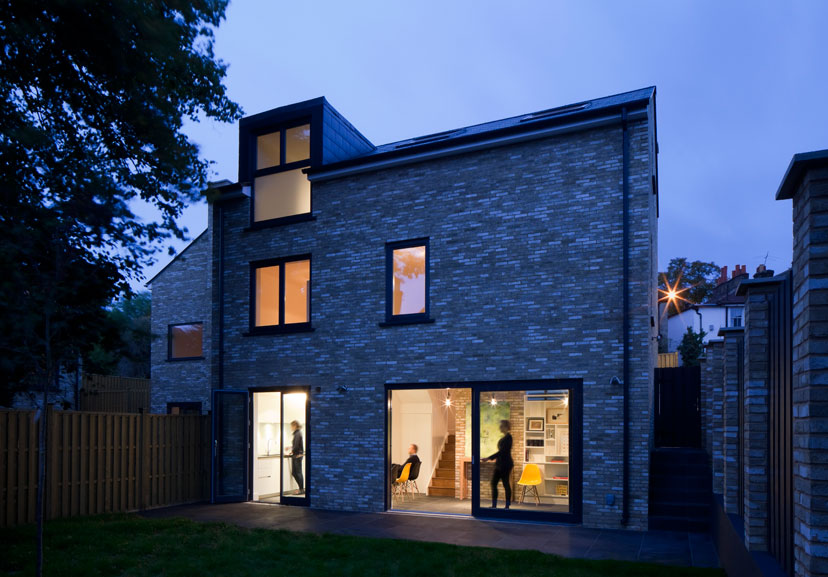 Essex mews london se19 the modern house for Modern architecture house london